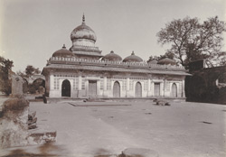 Side view of Shaikh Wajih-ud-Din's Tomb, Ahmadabad